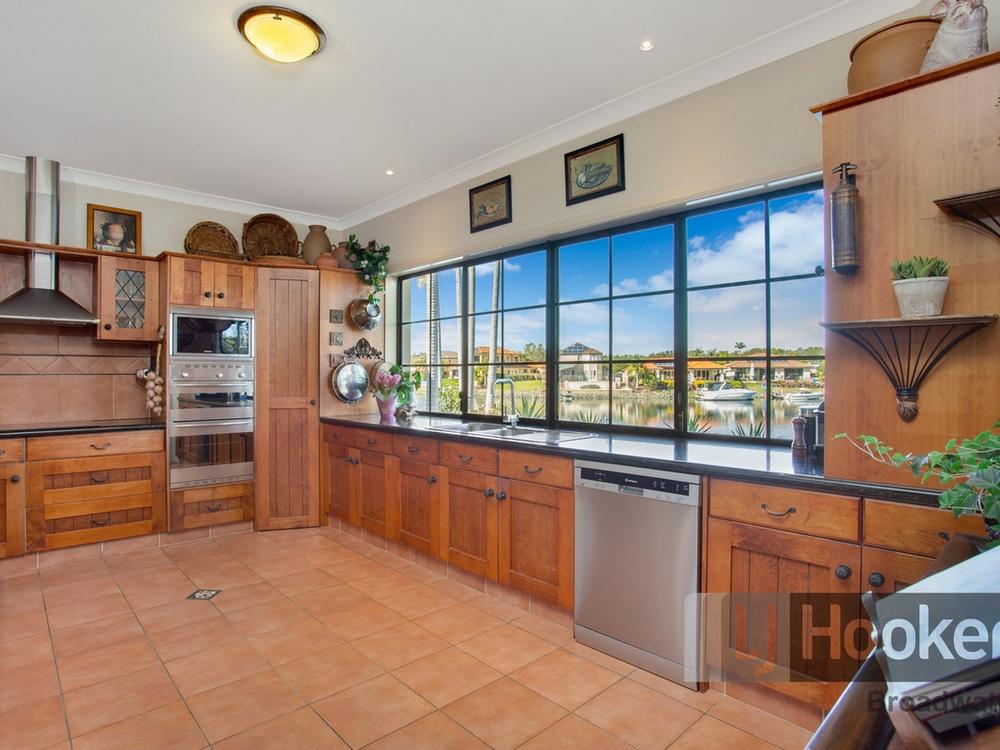 13 Glenwater Crescent Monterey Keys, QLD 4212