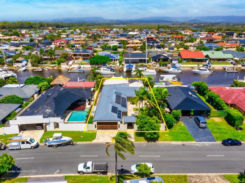16 O'Grady Drive Paradise Point, QLD 4216