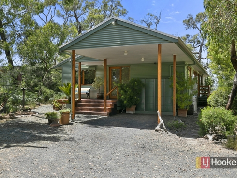 82 Bayview Avenue Tenby Point, VIC 3984