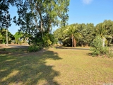 95 Taylor Street Tully Heads, QLD 4854