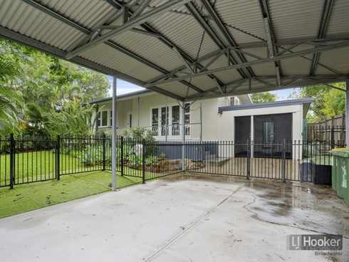 15 Billington Street Labrador, QLD 4215