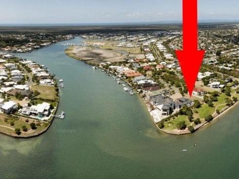 33 Seaside Drive Banksia Beach, QLD 4507