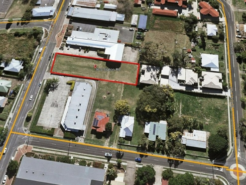16 South Station Road Booval, QLD 4304