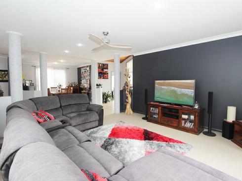 15 Tully Place Harrington, NSW 2427