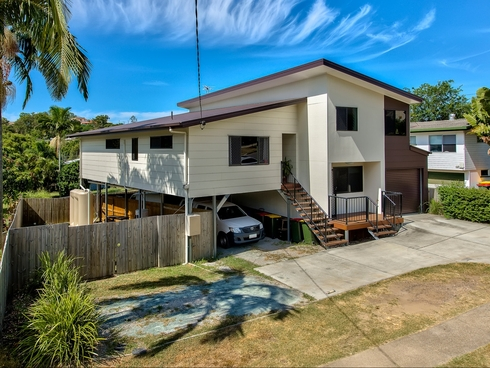 287 Kitchener Road Stafford Heights, QLD 4053