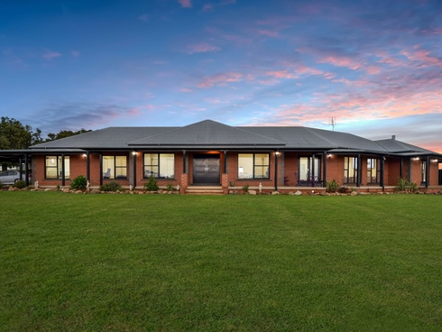 1249 Scenic Road Young, NSW 2594