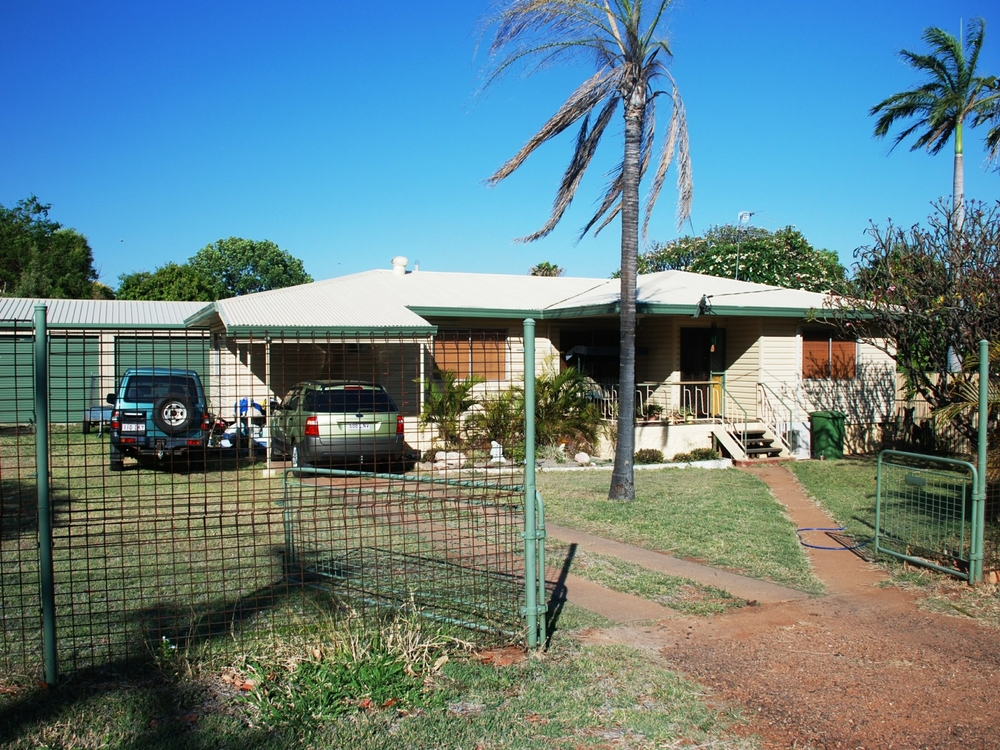 24 Stubbings Avenue Mount Isa, QLD 4825