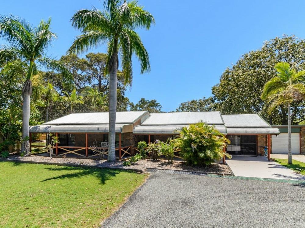 32 Silverton Drive Tannum Sands, QLD 4680