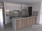 76 Kingsford Avenue Middleton Grange, NSW 2171