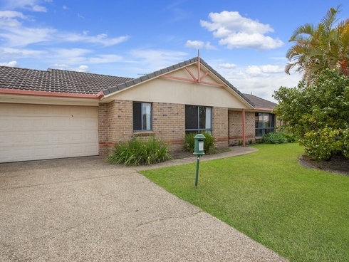 11 Magpie Court Burleigh Waters, QLD 4220
