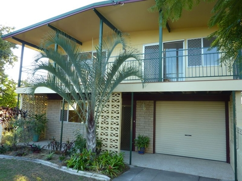 4 Berringar Lane West Gladstone, QLD 4680