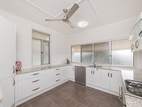 137 Mostyn Street Berserker, QLD 4701
