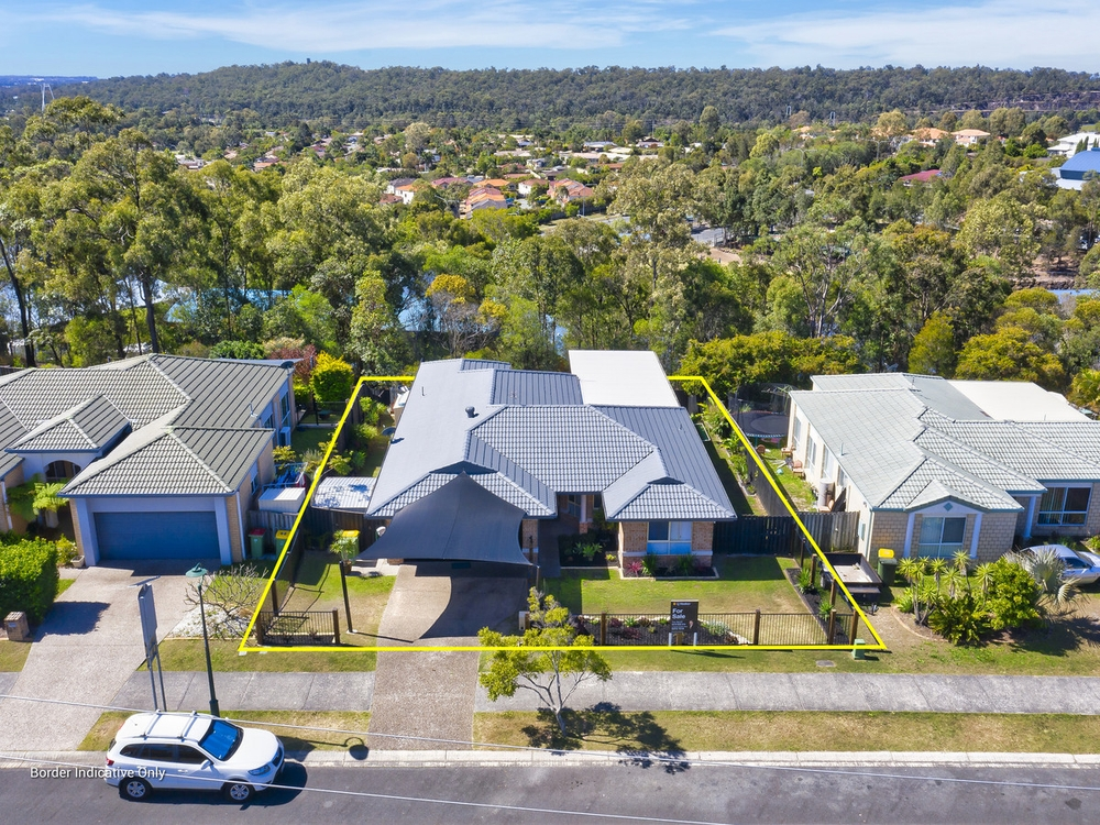 22 Manra Way Pacific Pines, QLD 4211