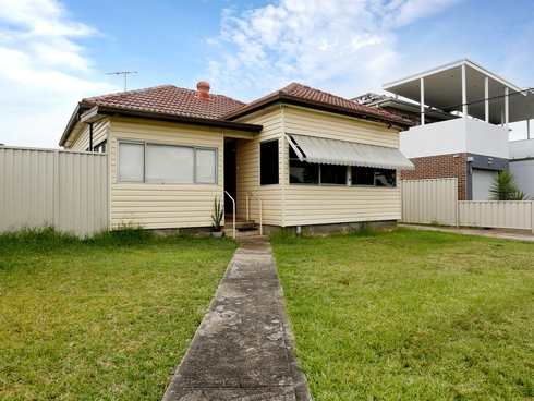 22 Fourth Ave Condell Park, NSW 2200