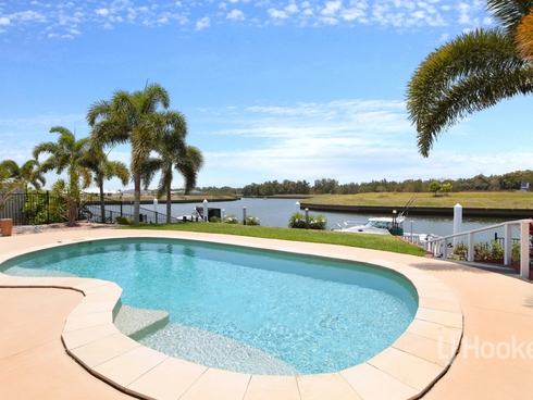 15 The Landing Banksia Beach, QLD 4507
