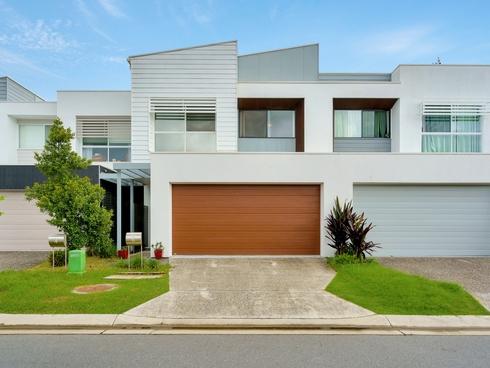 6 Florabella Drive Robina, QLD 4226