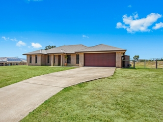 21 Nagle Cres Hatton Vale , QLD, 4341