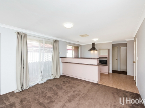 1/56 Mallard Way Cannington, WA 6107