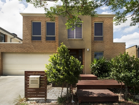 38 Hugo Drive Point Cook, VIC 3030