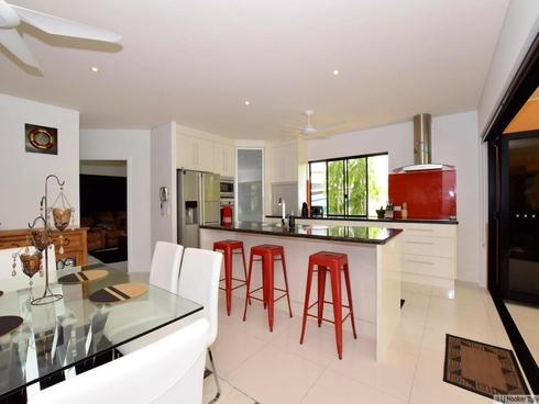 18 Royal Palm Avenue Cardwell, QLD 4849