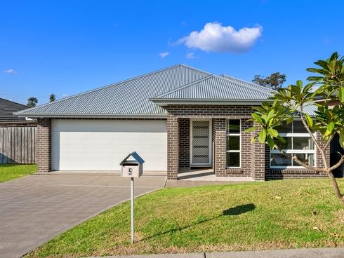 5 Pondhawk Street Chisholm, NSW 2322