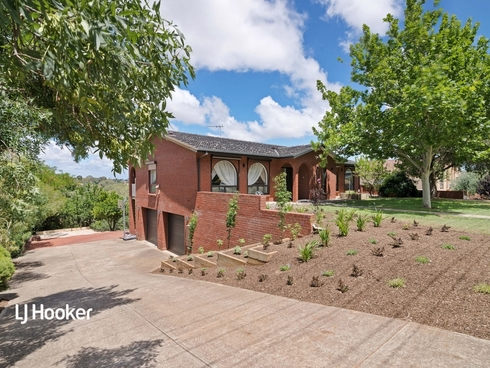 29 Flinders Drive Valley View, SA 5093
