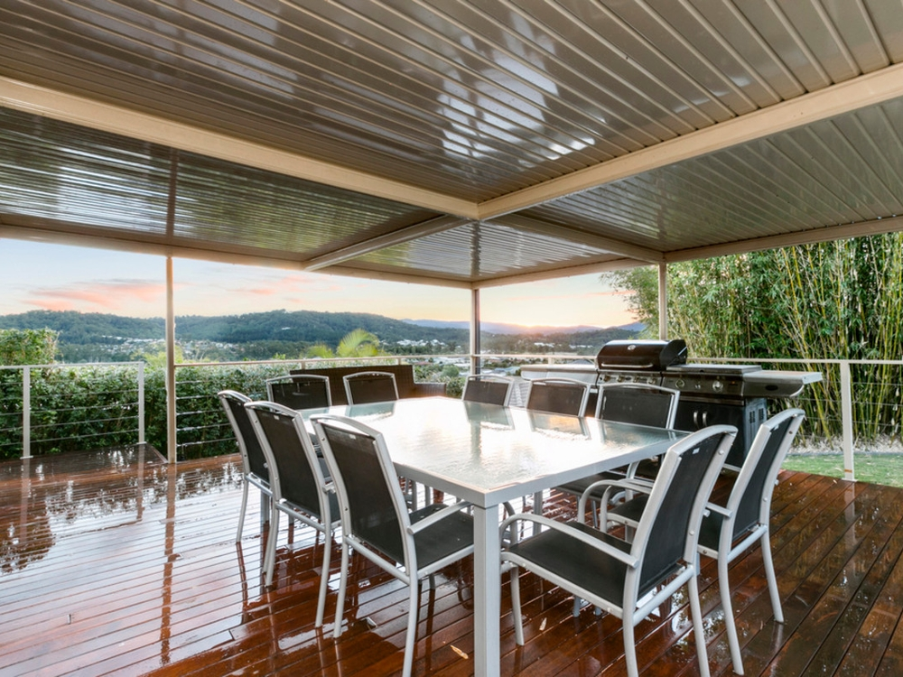 26 Taske Rise Pacific Pines, QLD 4211