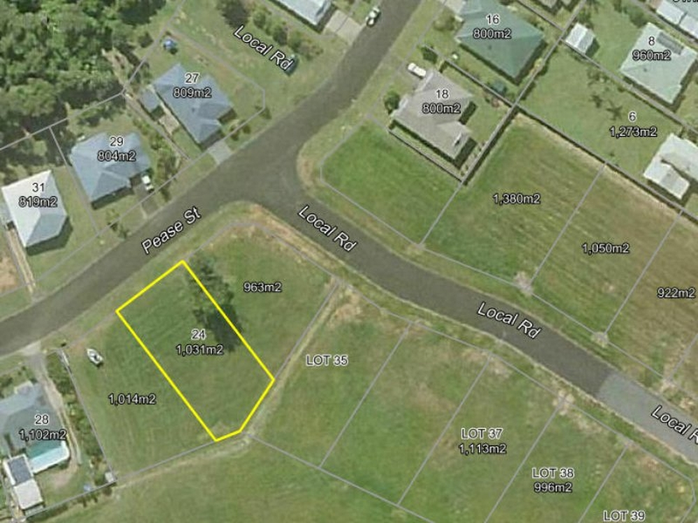 24 Pease Street Tully, QLD 4854