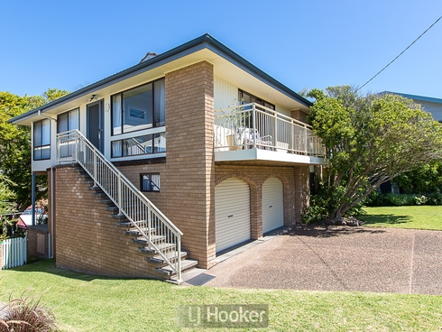 64 Ocean View Parade Caves Beach, NSW 2281