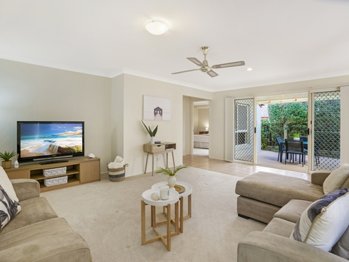 2/17 Peppertree Circuit Robina, QLD 4226