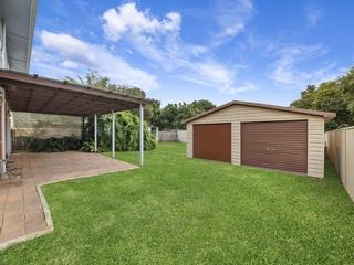 24 Fourth Avenue Toukley , NSW, 2263