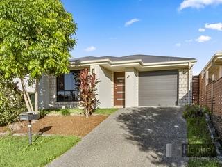 72 Fountain Street Pimpama , QLD, 4209