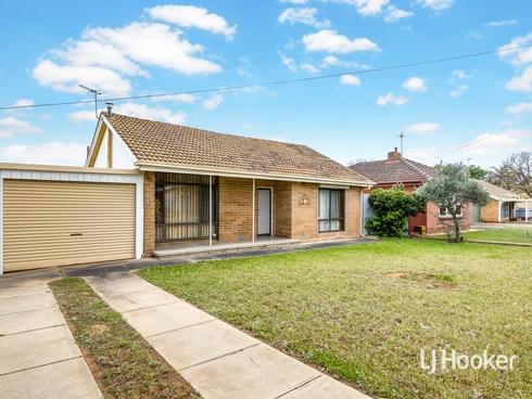 12 Burdett Street Elizabeth Grove, SA 5112