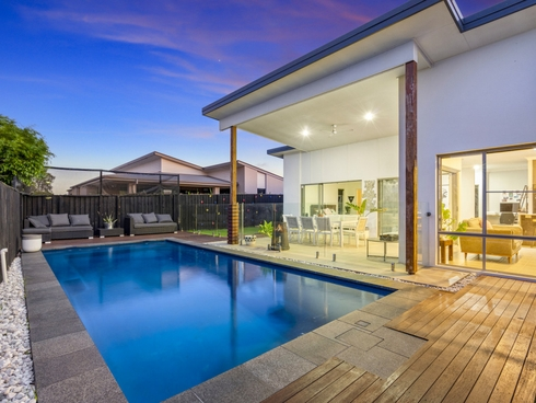 2 Pamphlet Lane Coomera, QLD 4209
