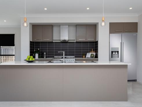 16 Fullbrook Street Pimpama, QLD 4209