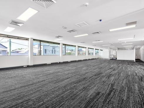905 Stanley Street East East Brisbane, QLD 4169