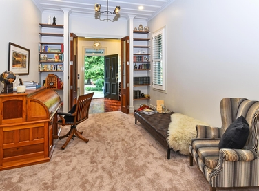 316 Monument Road Clevedonproperty carousel image