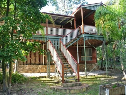 8 Kalara Street Macleay Island, QLD 4184