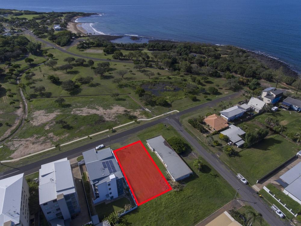 9 McCavanagh Street Bargara, QLD 4670