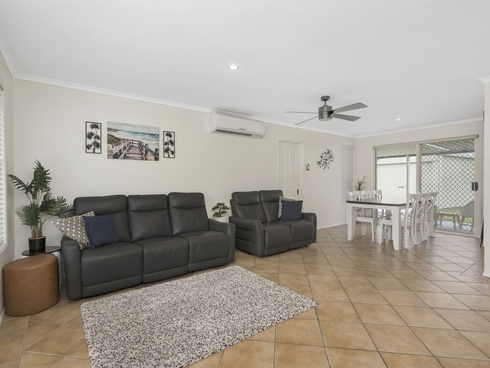 35 Winchester Drive Nerang, QLD 4211
