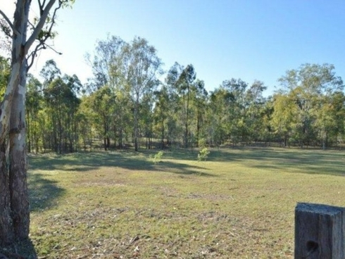 130 Thallon Rd Kensington Grove, QLD 4341