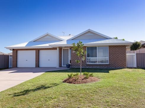 23 Horizon Avenue Cameron Park, NSW 2285