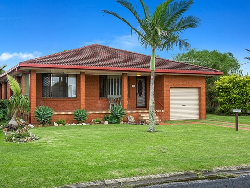 5 Fern Place Evans Head, NSW 2473