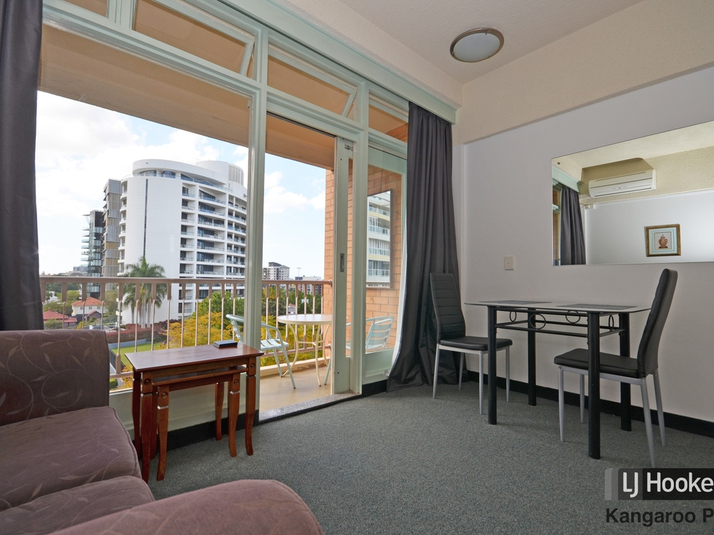 302/355 Main Street Kangaroo Point, QLD 4169