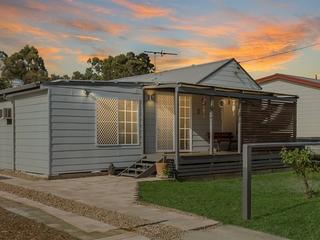 6 Long St Cessnock , NSW, 2325