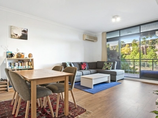 24-28 College Crescent Hornsby , NSW, 2077