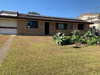 1&3/53 Woomera Crescent Southport , QLD, 4215