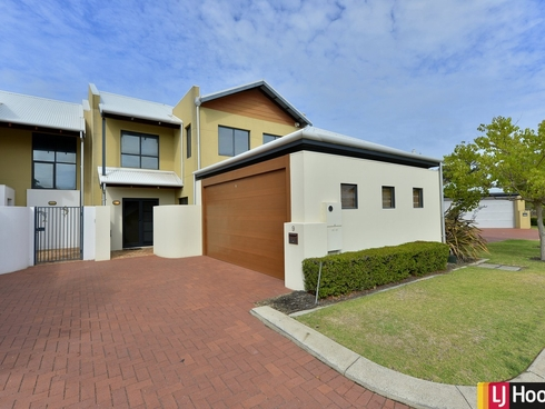 9/3 Piccolo Place Halls Head, WA 6210