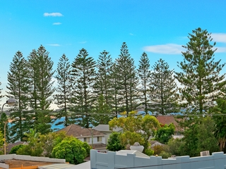 7/135 Pacific Parade Dee Why , NSW, 2099