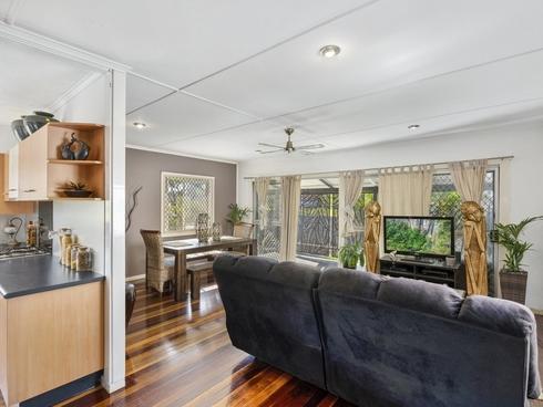 20 Terrigal Crescent Southport, QLD 4215